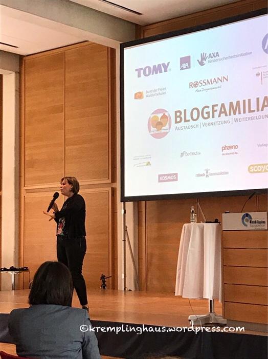 Blogfamilia, Nicole Staudinger, Schlafgertigkeitsqueen