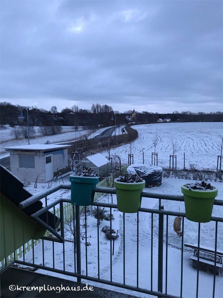 12tel Blick Januar Balkon