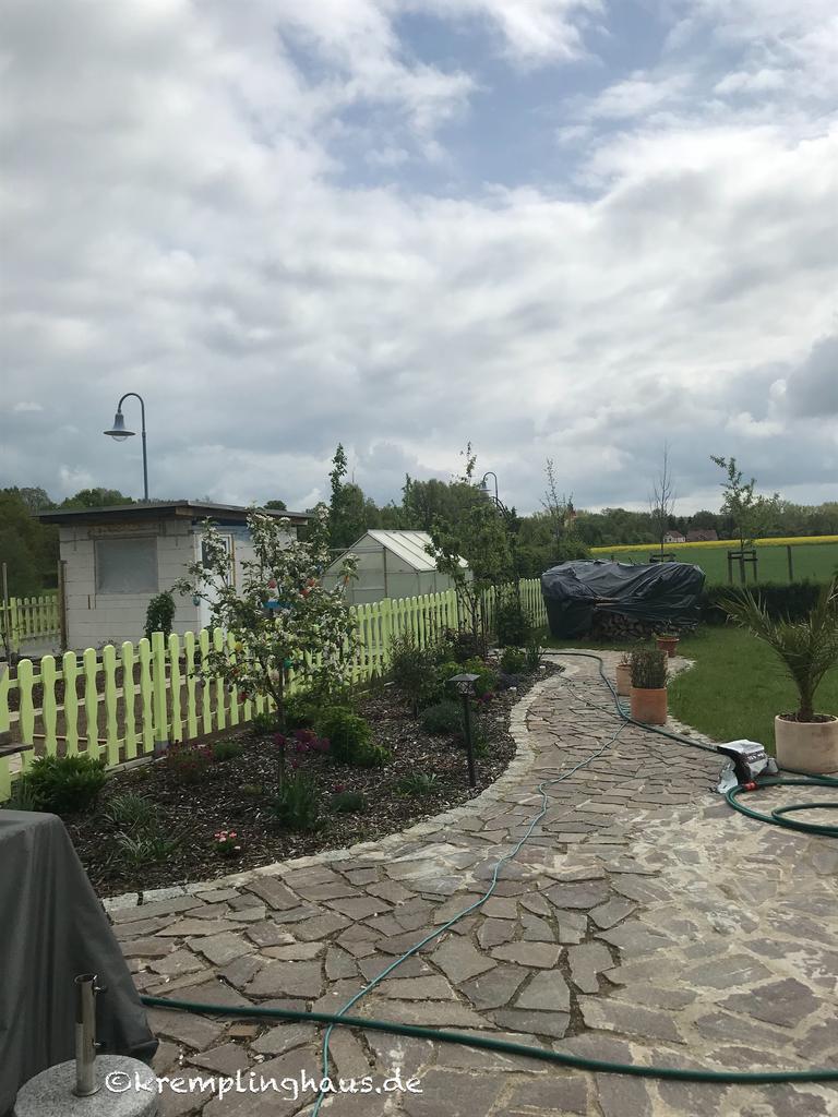 12tel Blick April 2019 Terrasse