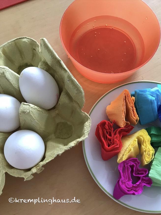Eier, Krepppapier, wasser
