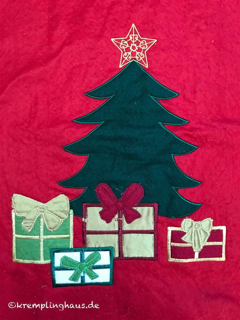 Weihnachtbaum mit Geschenken