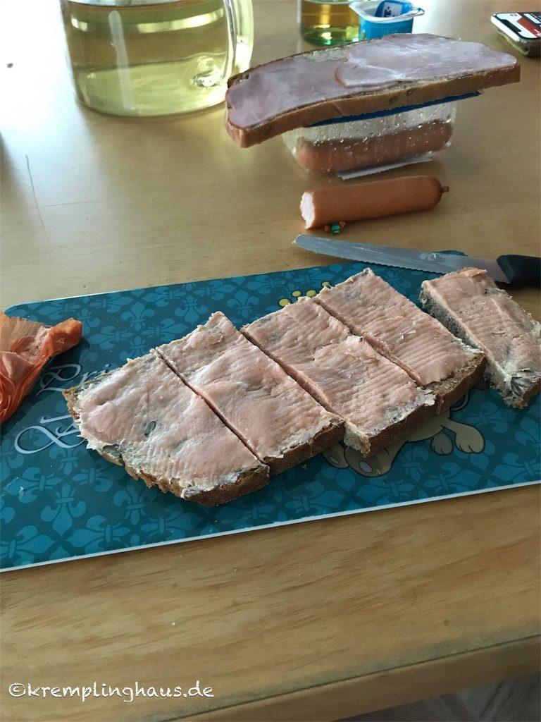 Abendessen Brot mit Mettwurst