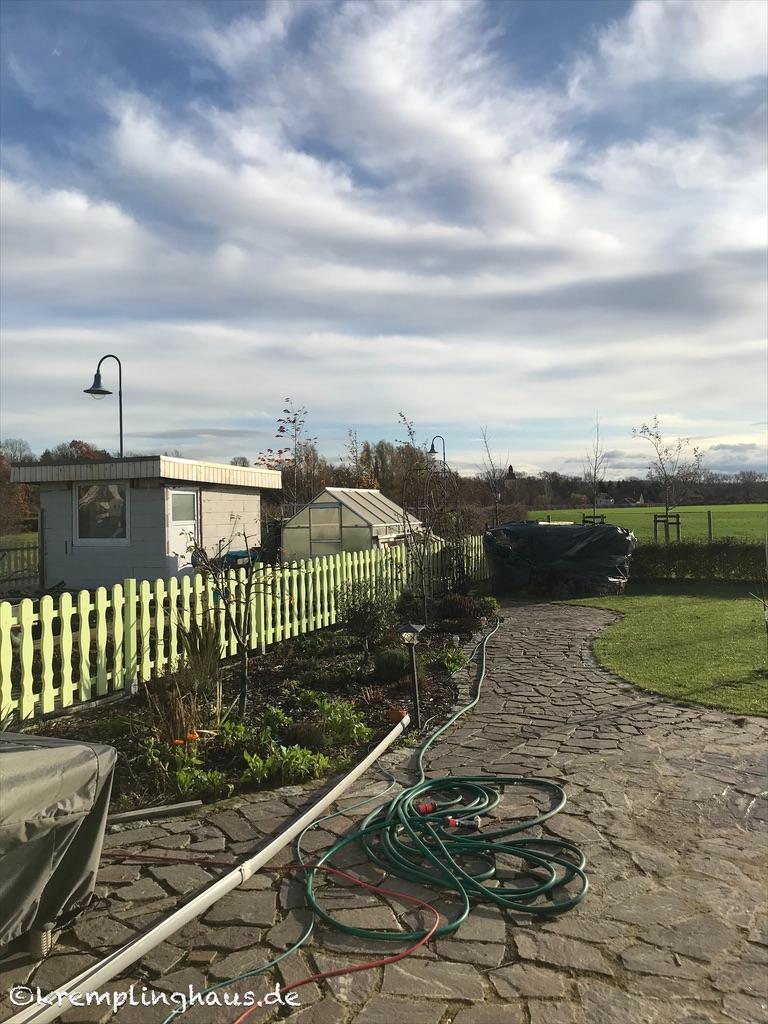 12tel Blick November Terrasse
