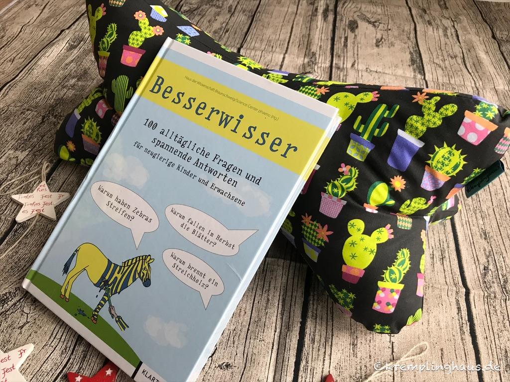 Leseknochen und Buch Besserwisser